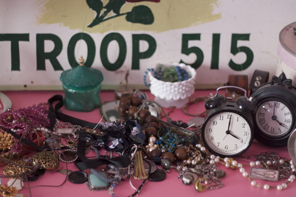 pink bedroom jewelry | shorts and longs | julie rybarczyk 11