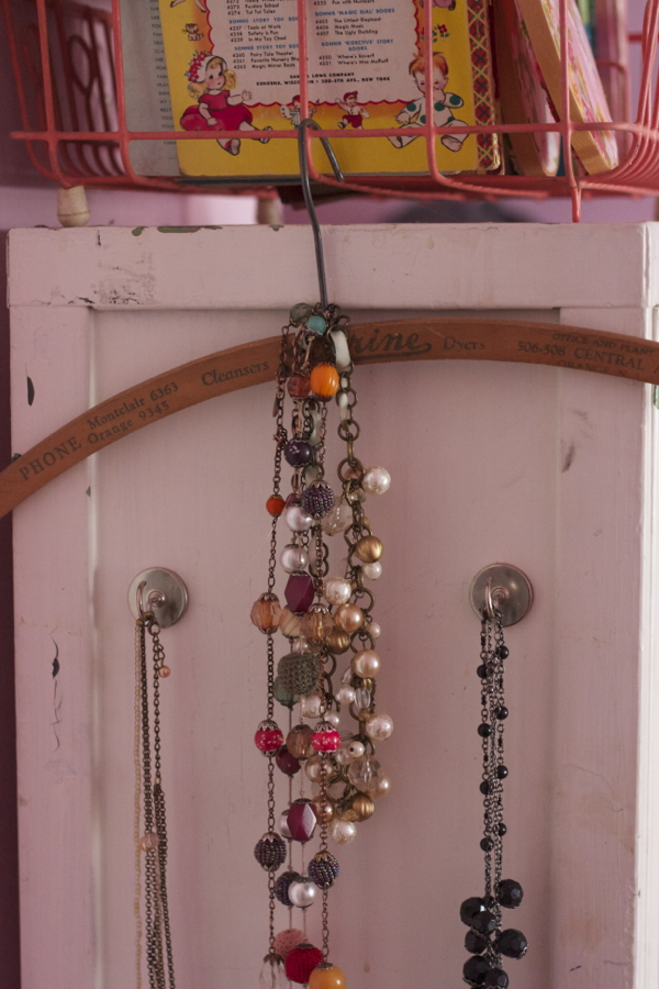 pink bedroom jewelry | shorts and longs | julie rybarczyk 21
